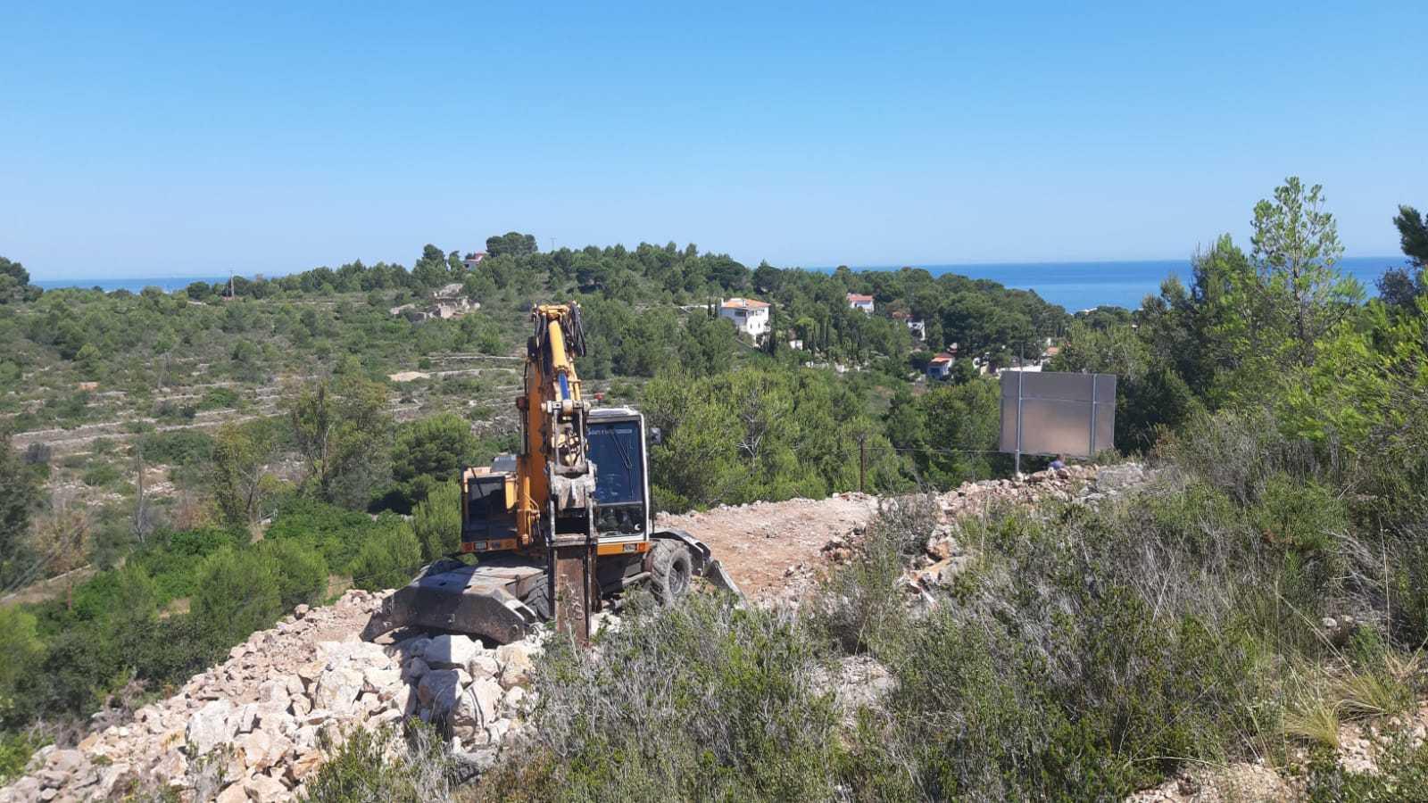 Proyecto de obra nueva con vistas al mar y montaña en Dénia